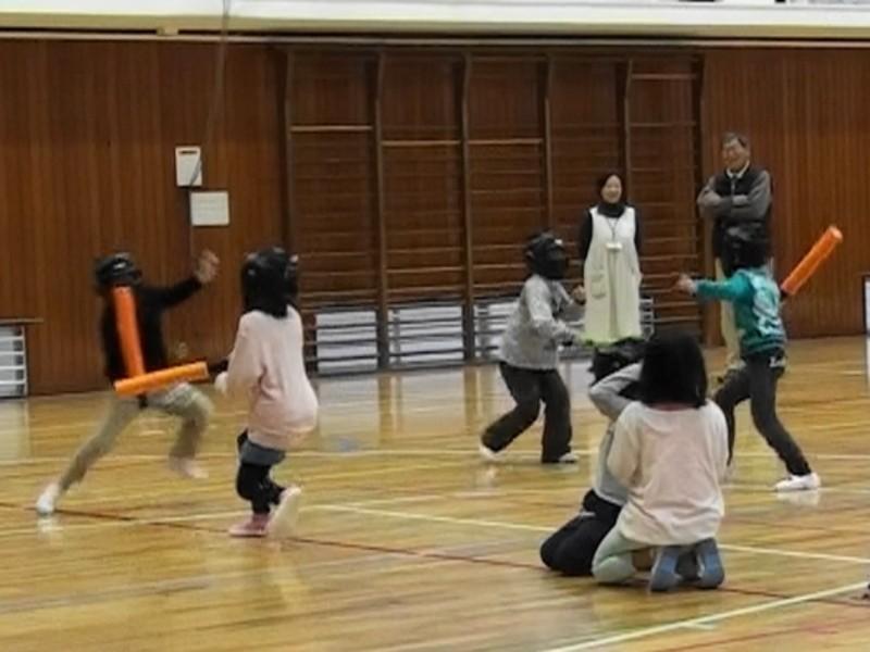 剣道家が教える警棒術の画像