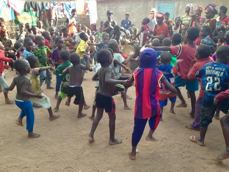 親子講座!太鼓のリズムで踊るアフリカンダンスの画像
