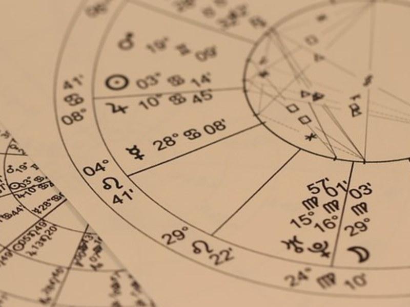 占星術&カラー複合講座 多方面から分析し自分取説を完成させよう!の画像