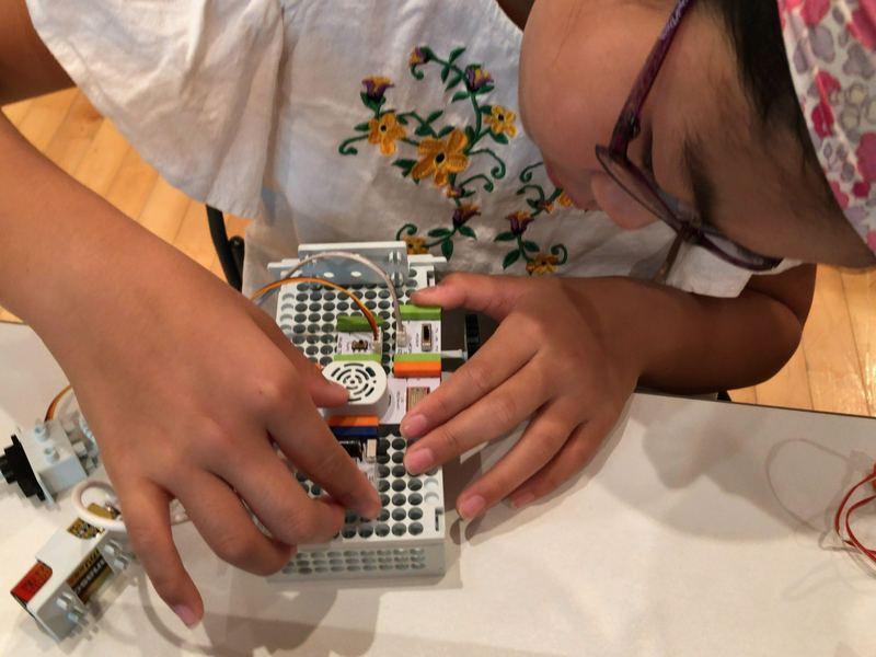 「英語×プログラミング」STEAM教材Droid の画像