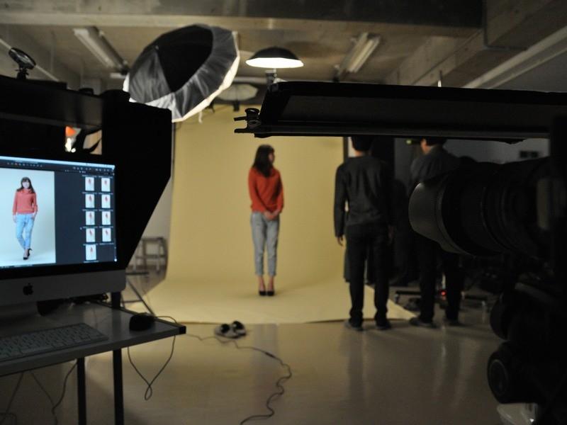 ポートレート撮影コース1-1 照明機材安全講習・ポートレート実践の画像