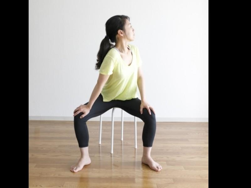 ストレッチで休んでいる筋肉を引き出して体を動かしやすくしよう!の画像