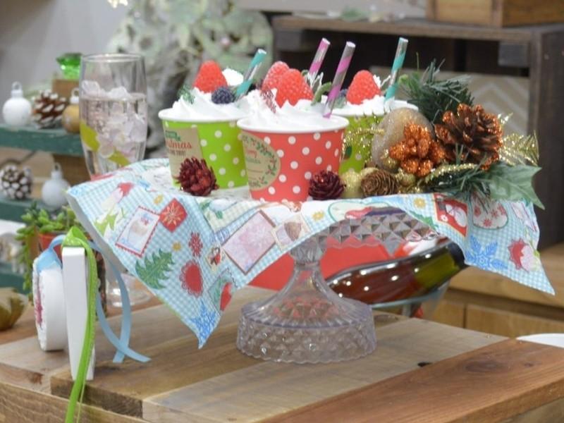 クリスマスパーティーケーキ! かわいいカップケーキソープ作りの画像