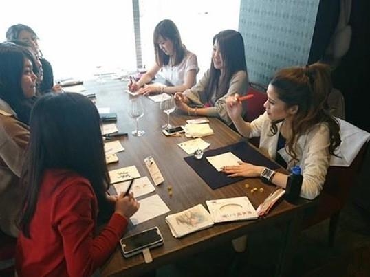 海外で活躍中!!書道家による筆ペン美文字レッスンの画像