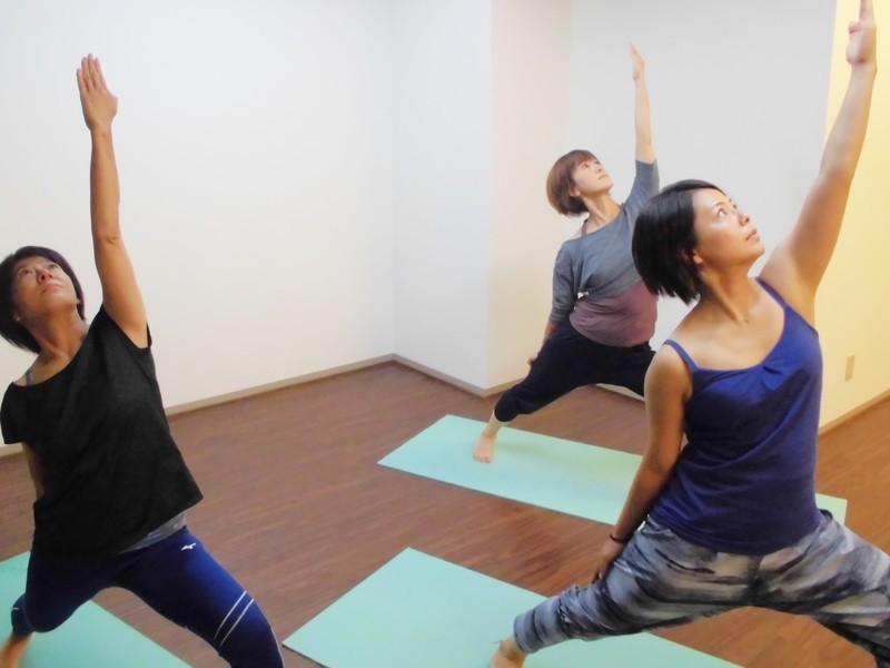 女性限定!姿勢改善「リフレッシュヨガ」4回体験の画像
