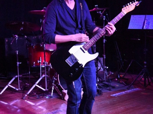 ボーカルトレーニング・ギター弾き語り・作詞作曲編曲レッスンの画像