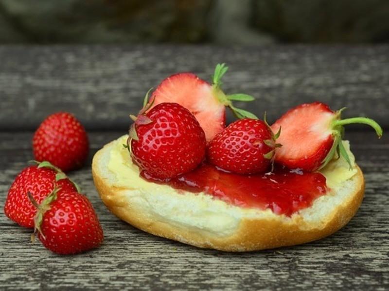 余計な添加物なし「旬のりんごジャム作ろー!」じっくり煮込んで極うまの画像