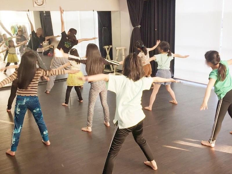 小学生からはじめるテーマーパークダンス!ジュニアクラス体験レッスンの画像
