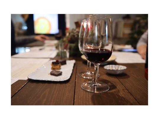 チョコとお酒が好きな方へお勧め♪簡単チョコ作り&ワイン講座の画像