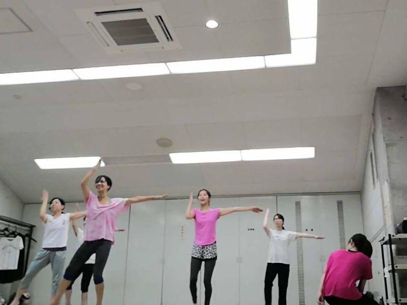 【簡単ダンス】映画とミュージカルの曲で楽しもう*リズム&ステップの画像