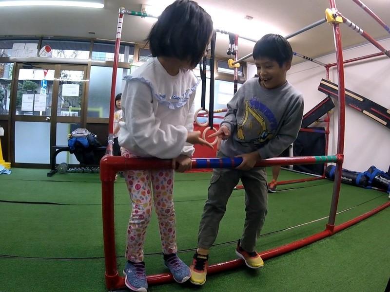 【3~6才クラス】親子で鉄棒遊び教室!!の画像