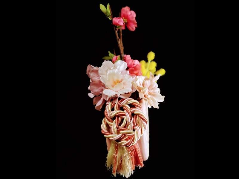「春を待つ」アーティフィシャルフラワーのミニアレンジの画像