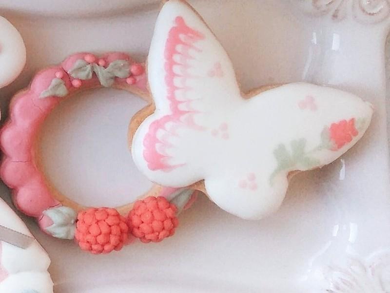 ベリー・テディベアのアイシングクッキーの画像