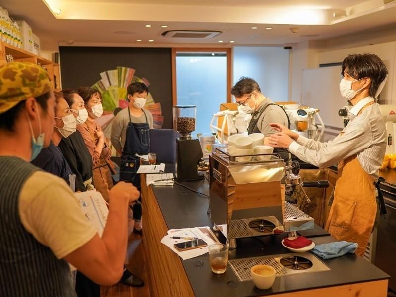 【バリスタ体験】コーヒーの秘密基地でエスプレッソとラテアートを学ぶの画像