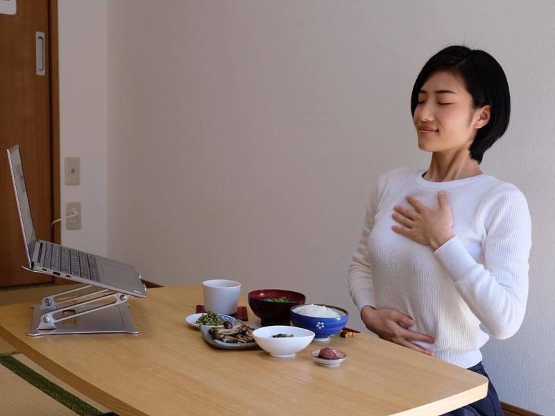 【オンライン】心と頭がスッキリする癒しの食べる瞑想!45分で整えるの画像