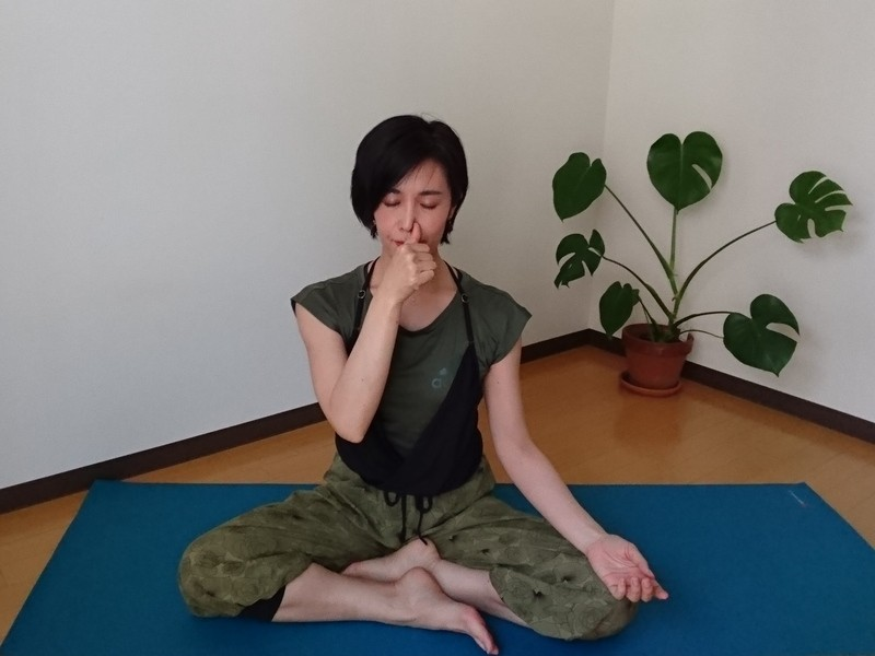 〜自律神経整えるブリージングヨーガ 呼吸と動きをつなげ快眠へ〜の画像