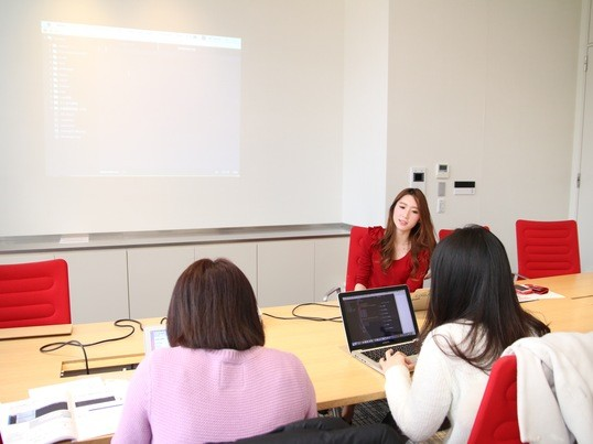 アイディアを形にする第一歩。ホームページ作成講座の画像