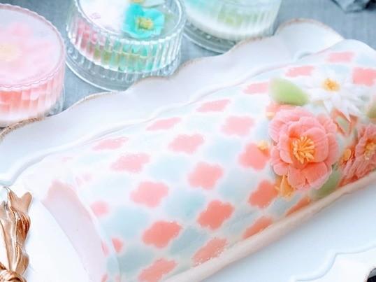 プルンプルン!冷たくて美味しいロールゼリーケーキ big sizeの画像
