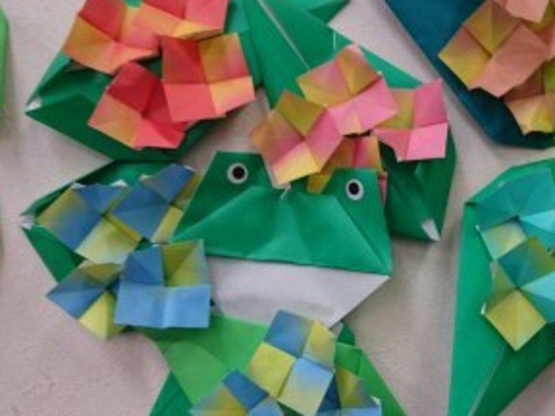 季節の飾りをおりがみで作りながら脳トレーニングが出来る。の画像