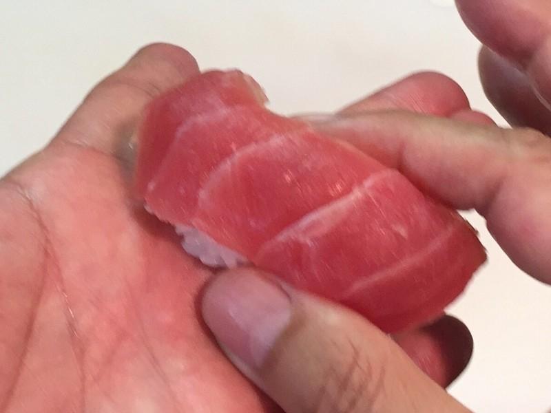 豊洲市場・まぐろ専門仲卸でお買い物・ブロックさばきと寿司にぎり教室の画像