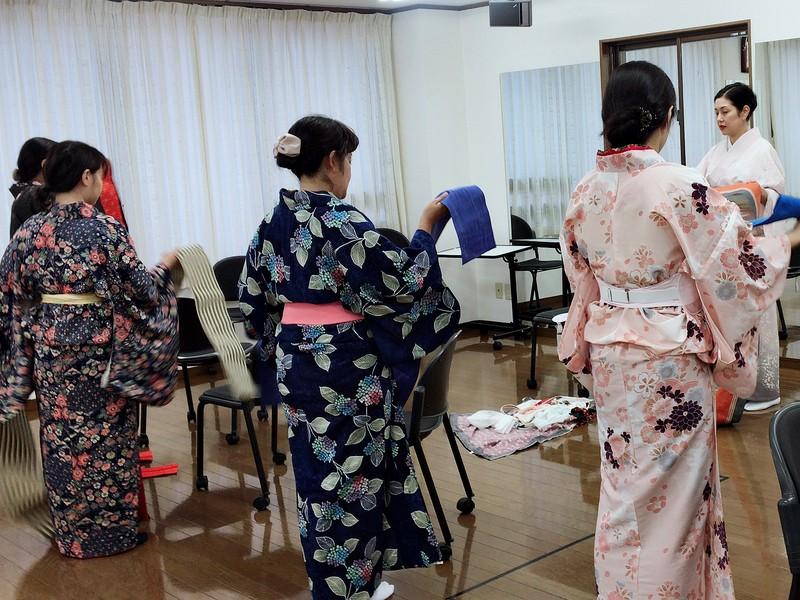 【オンライン】舞踊家がコッソリ教える浴衣の着付けレッスンの画像