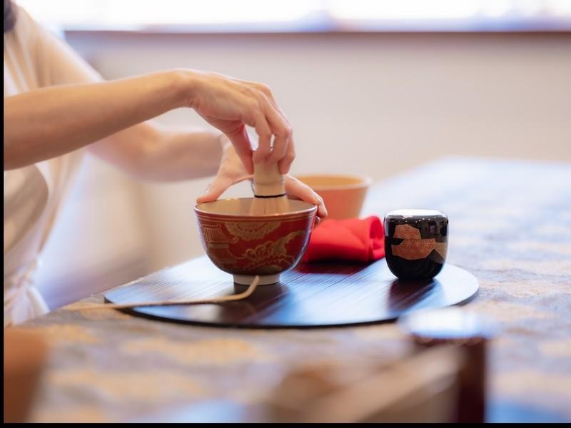 Cha no Yu おもてなしテーブル茶道(盆略点前)の画像
