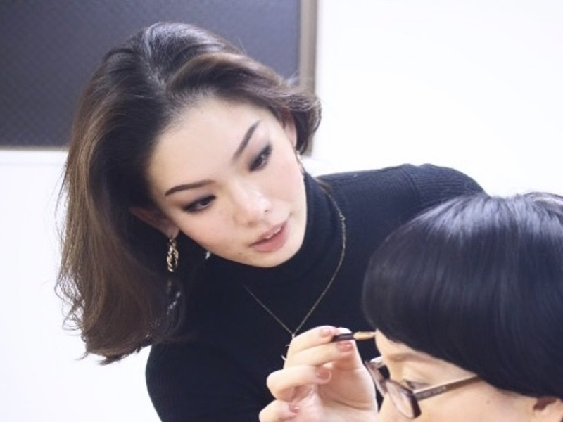 デキる女は眉毛が綺麗。キャリア女性のための洗練眉メイクレッスンの画像