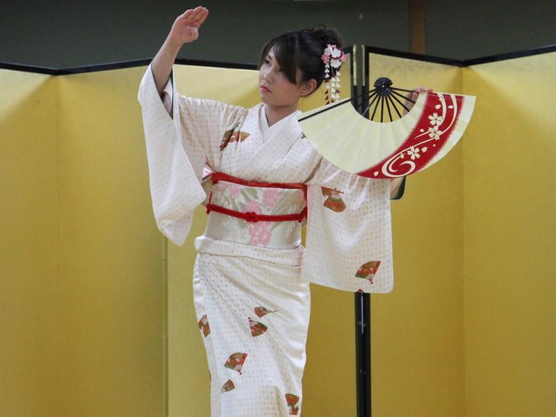 初心者大歓迎!!簡単に楽しく日本舞踊の画像
