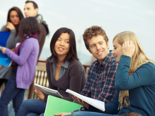 【初級】高校生 日常英会話 映画で話すようなネイティブが話す英語の画像
