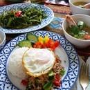 タイ料理教室スタジオアロイの講座の風景