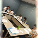 演出家・舞台女優が教える演技教室の講座の風景