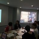 動画を活用したシステム構築の講座の風景