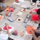 誰でも描ける!上手を目的としないアート教室の講座の風景