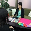 品格研究所~働く女性の外見コンサルティング~の講座の風景