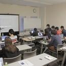 IllustratorとPhotoshopの教室の講座の風景