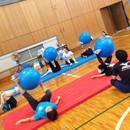 大人の気楽な体操教室【PLAY ROOM】の講座の風景