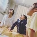 ヨギーニ母ちゃんのオンライン親子ヨガクラスの講座の風景
