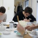 日本画ワークショップの講座の風景