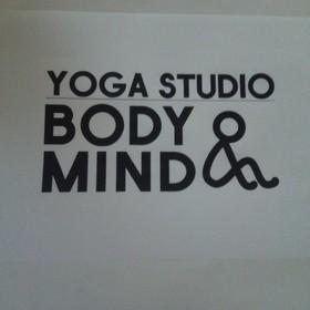 ヨガスタジオBODY&MINDの団体ロゴ