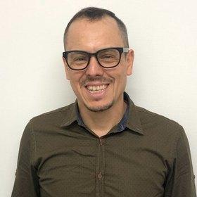 カルロス ポンセのプロフィール写真